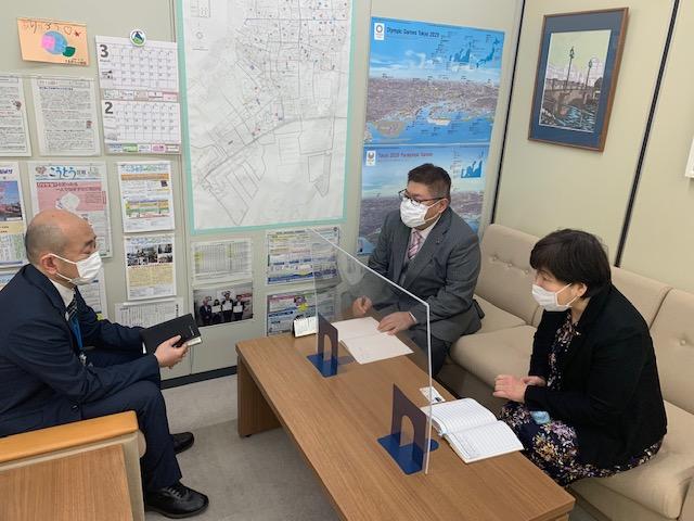 少人数学級の実施について江東区教育委員長にヒアリングを行いました